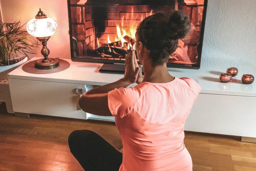 Mama Entspannung Selbstfürsorge Sport Bewegung Workout Kaminfeuer Gesundheit Feelgoodmama.de