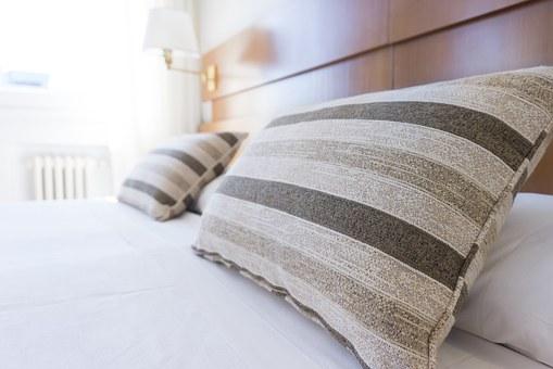 Schlafen, besser Schlafen, erholsamer Schlafen, ausgeruht sein, Schlaflosigkeit, Hilfe bei Schlaflosigkeit, Mama, Schlafdefizit