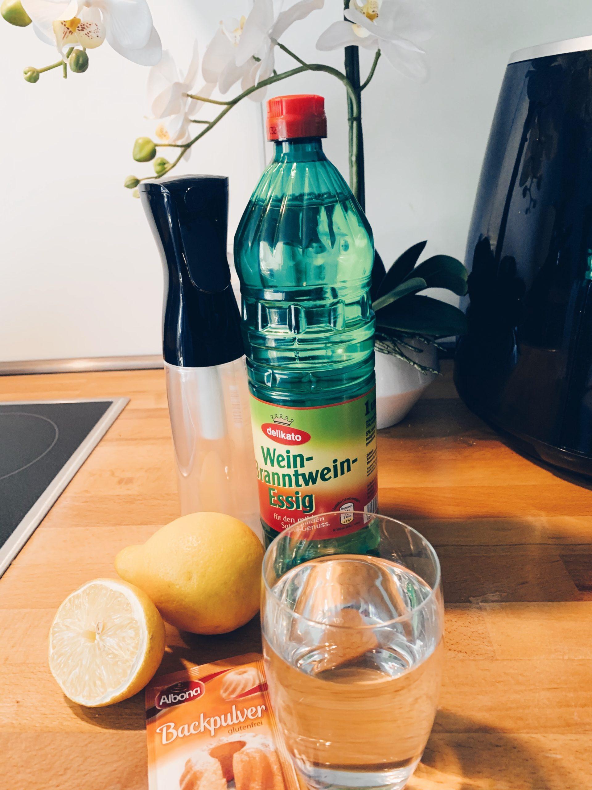 Obst richtig waschen, Zutaten, Obst- und Gemüsereiniger, natürlicher Obst- und Gemüsereiniger, DIY Obst- und Gemüsereiniger, Obst natürlich reinigen, Gemüse natürlich reinigen, Reinigen mit Essig und Zitrone, natürlich reinigen, chemiefrei